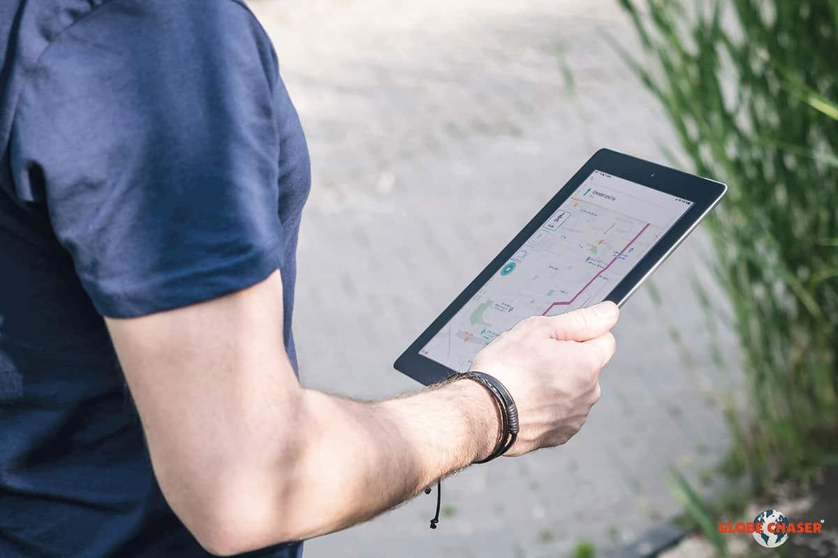 Interaktive Routenfuehrung und spannende Aufgaben in der Teambuilding Outdoor App | Globe Chaser